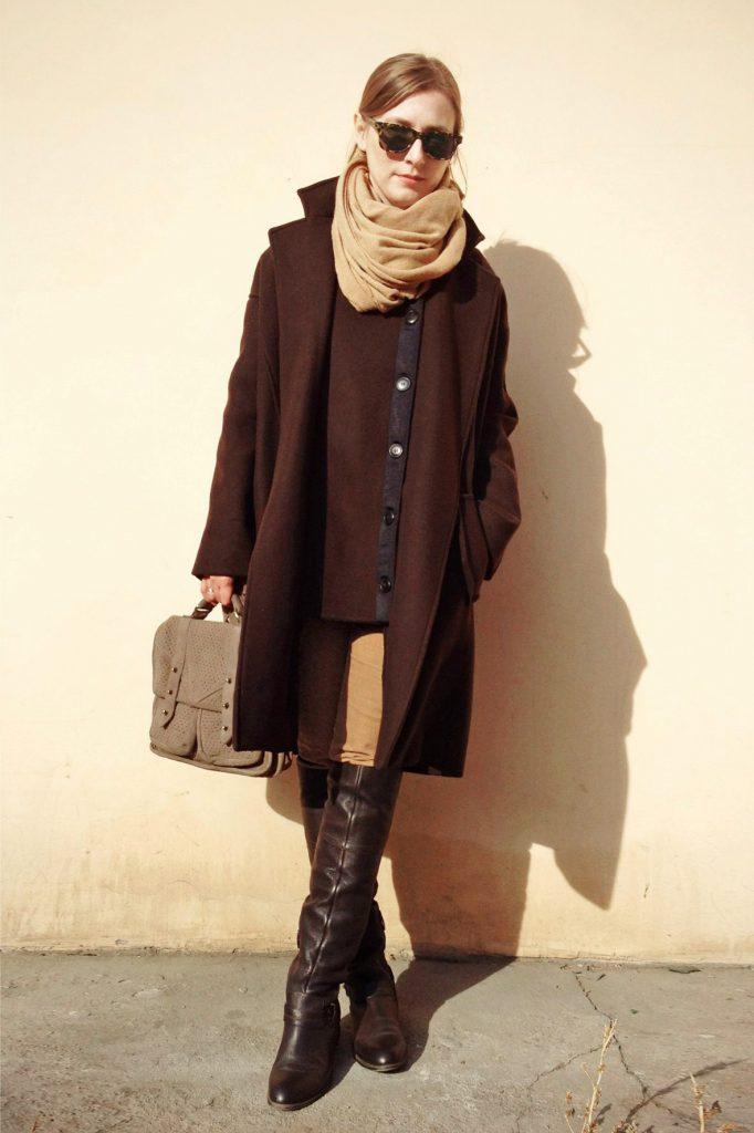 Цветовые гаммы для коричневого пальто