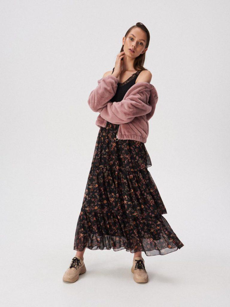 Многослойные юбки для фигуры яблоко