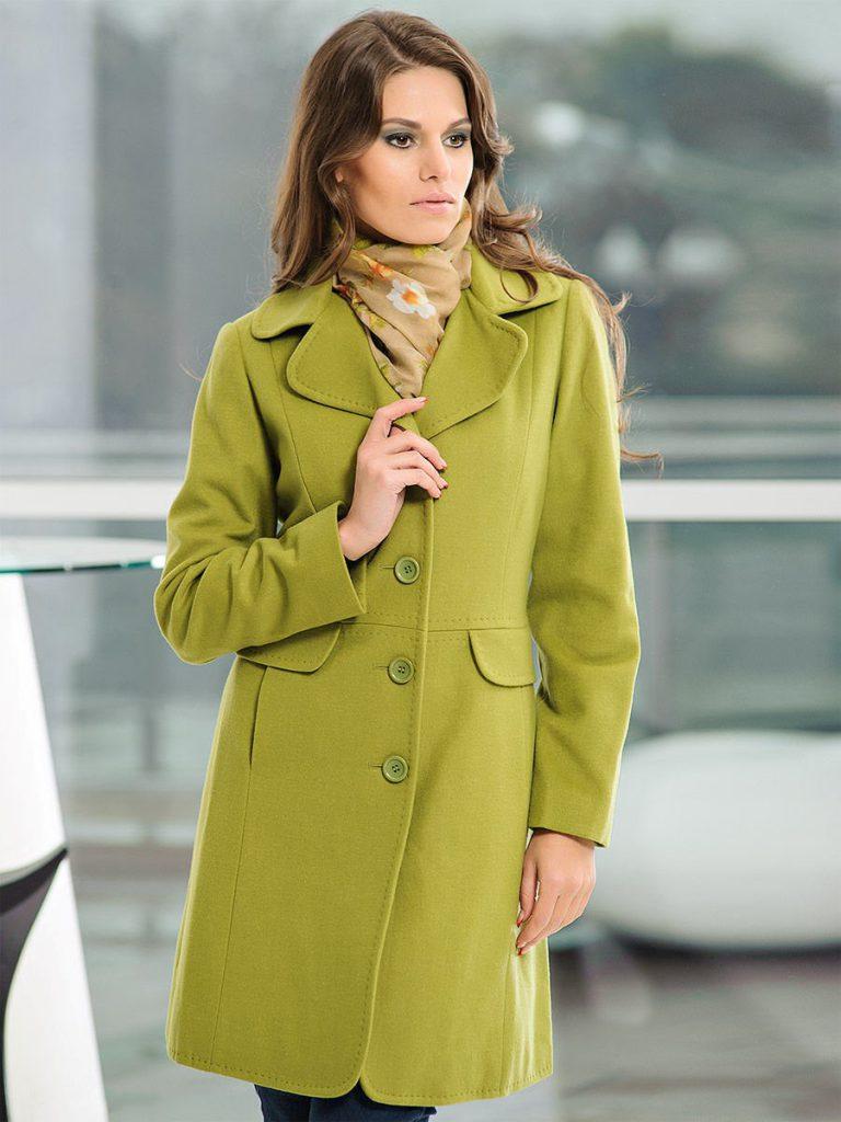 Шарф для пальто оливкового цвета