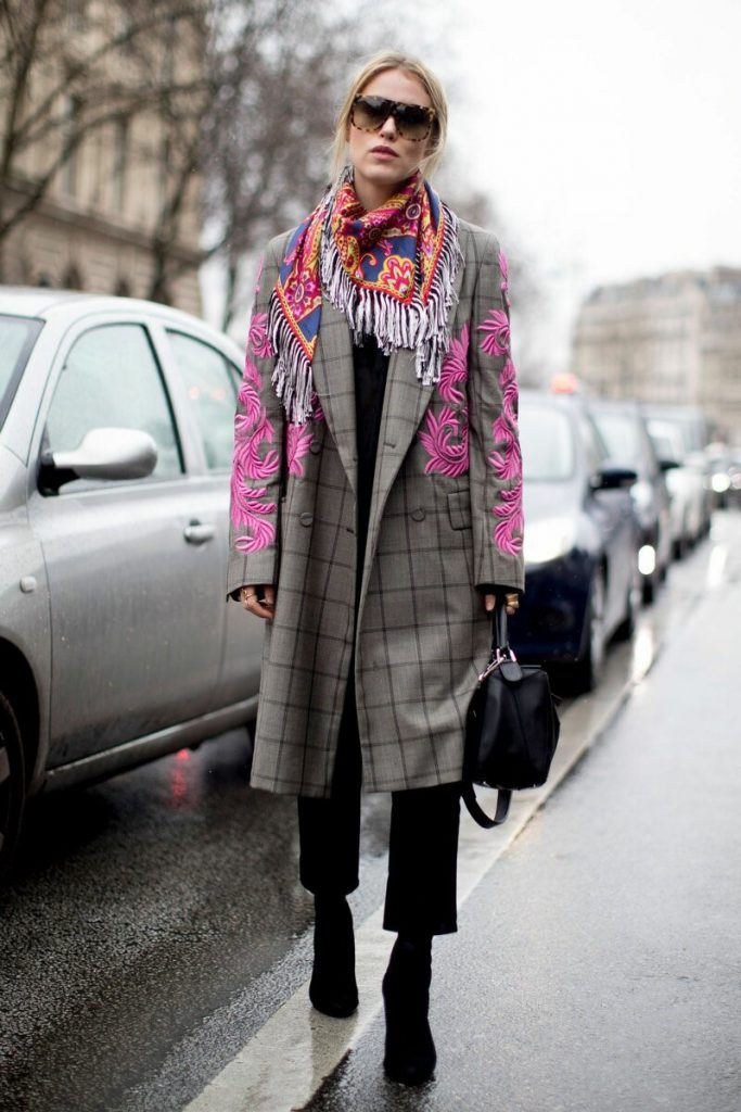Бактус или шарф-косынка