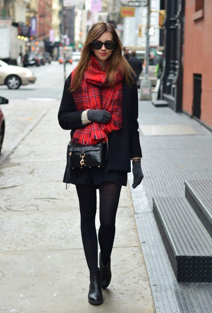 Цвет шарфа для черного пальто