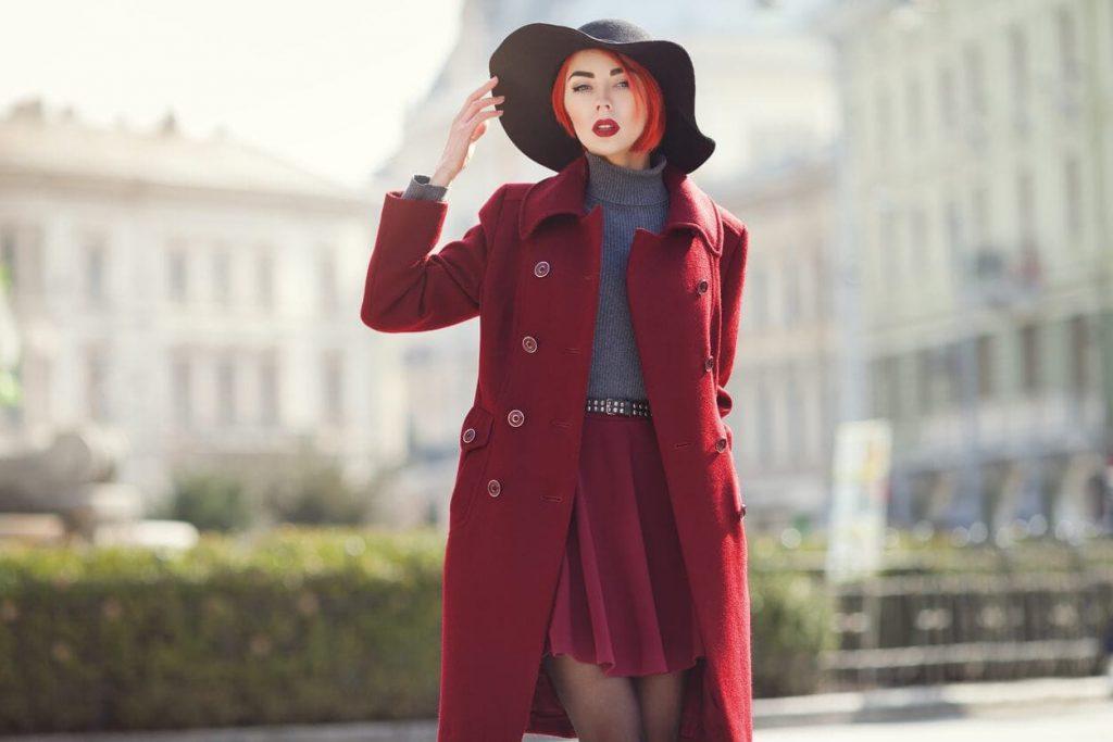 Красное пальто: с чем носить