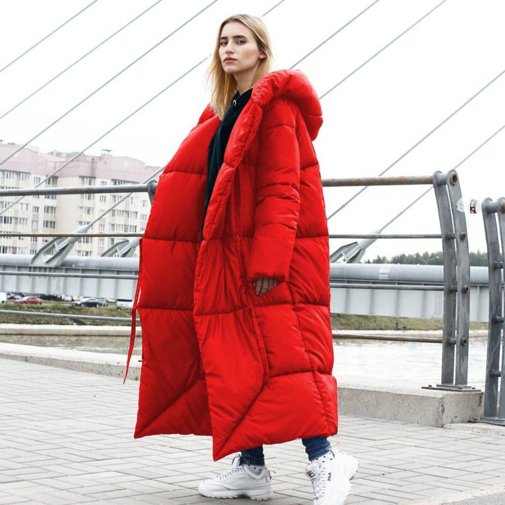 Пуховик-одеяло красный