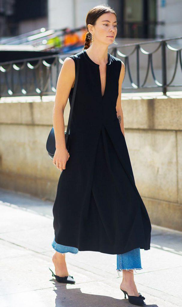 Длинное платье с джинсами